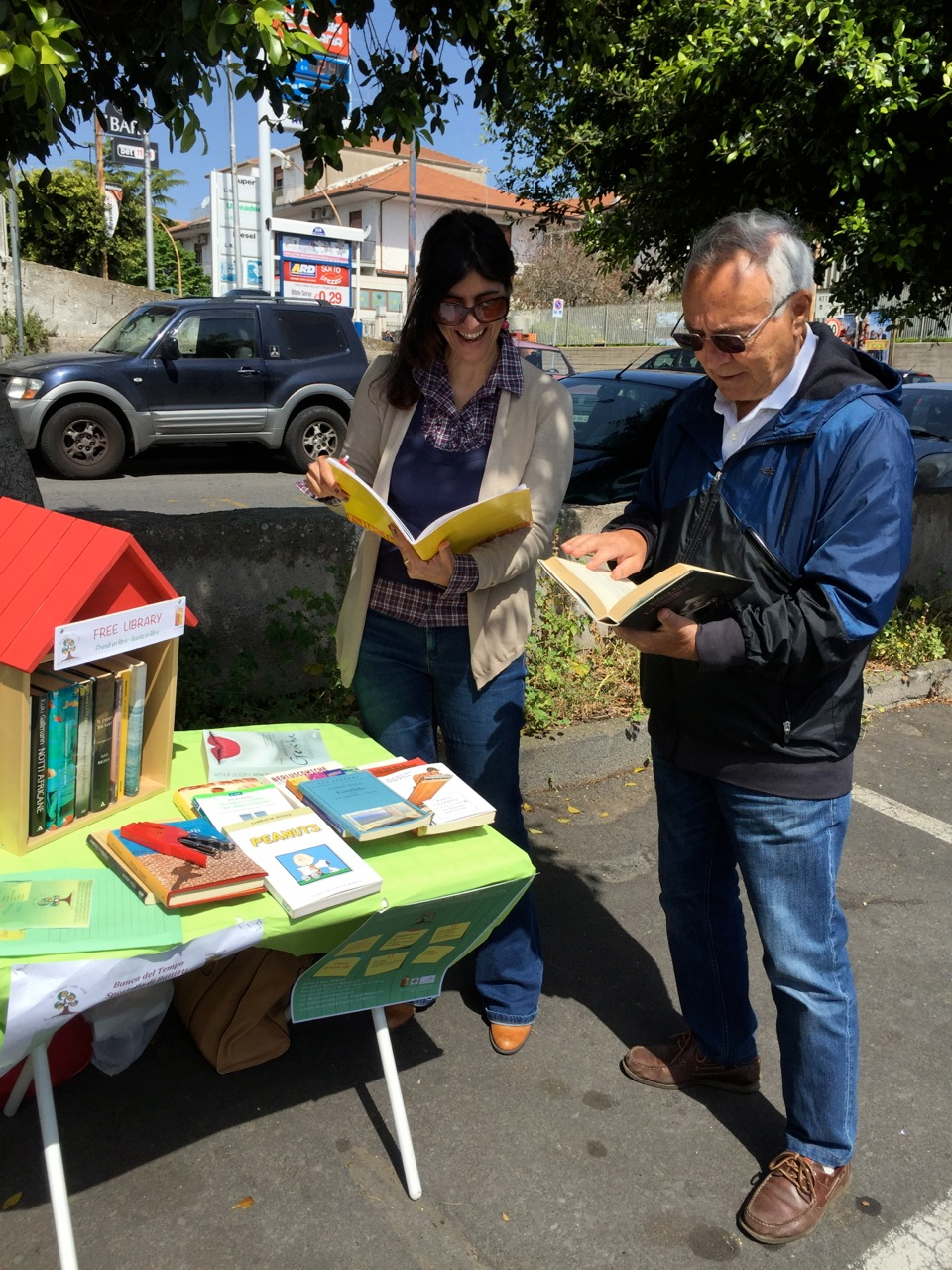 FREE_LIBRARY_a_Sant'Agata_Li_Battiati_(1)
