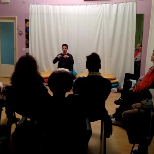 conferenza-yoga1